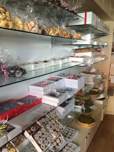 Hill Top Cakes Delicious Treats